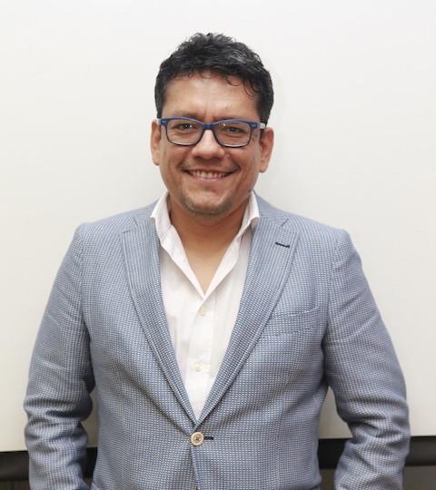 Milton Vela